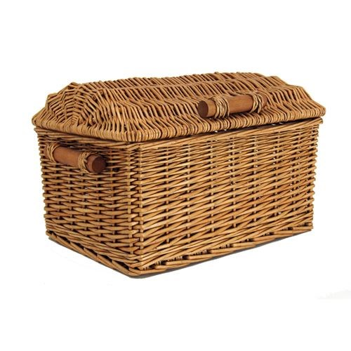 Classic Hamper with wooden handles
