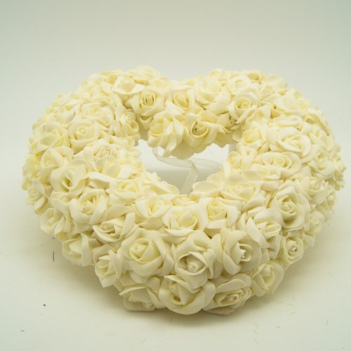 Art. Rose Heart Wreath - 25cm